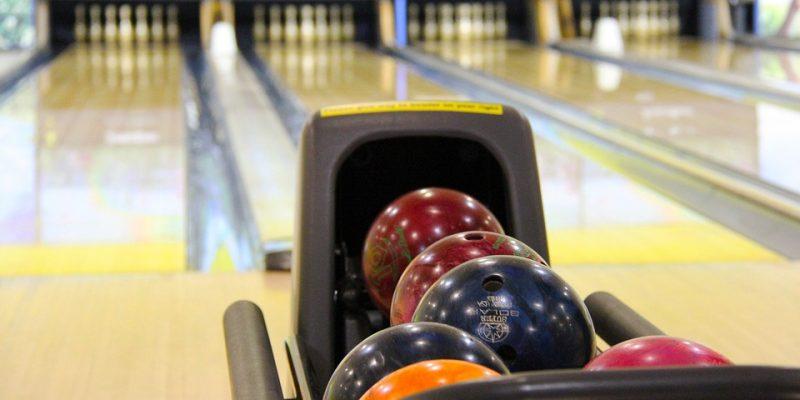 Les règles de base à savoir pour bien jouer au bowling