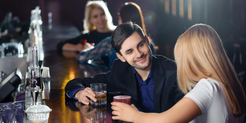 Comment séduire une fille en discothèque ?