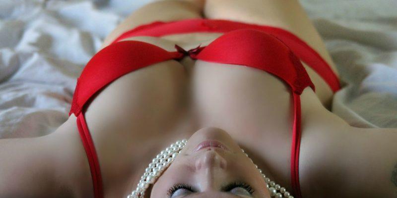 Choisir LA COULEUR de lingerie qui saura vous mettre en valeur