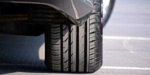 Affinez vos connaissances sur le parallélisme de votre voiture