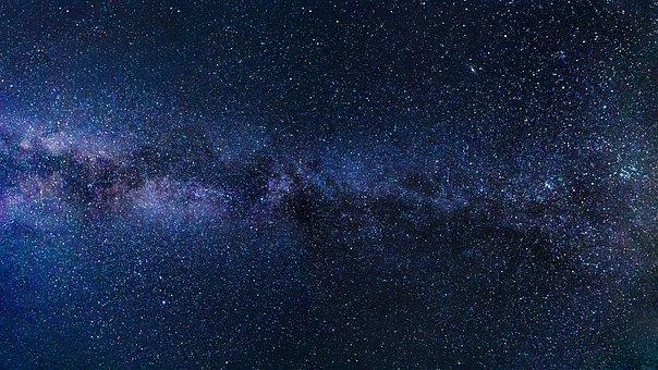 Première photo d'un trou noir : vous aussi photographiez les astres ! 1